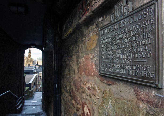 Edinburgh-700x495